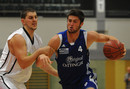 Zug zum Korb: Rockets-Neuzugang Patrick Behan (am Ball) in Aktion.